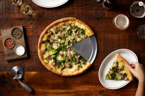Chicago's Best Pizzerias by Italian Standards