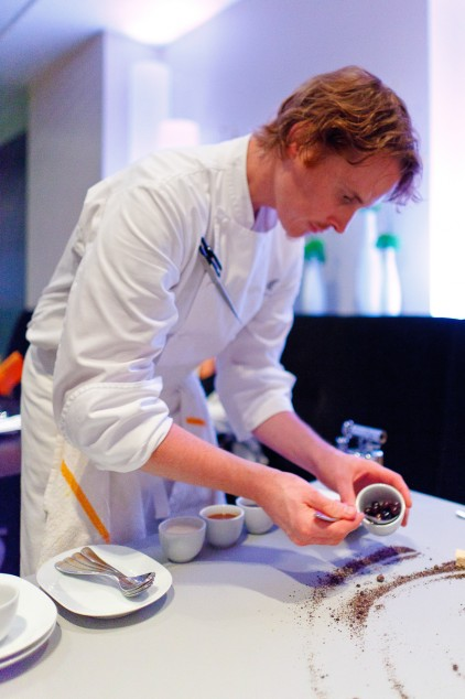 Portrait-of-chef-Grant-Achatz-422x634