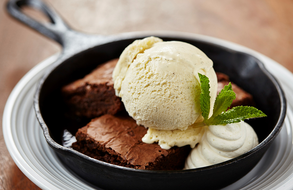 Warm brownie with gelato at Pinstripes Chicago on the Chicago Chic by Leah Nolan.